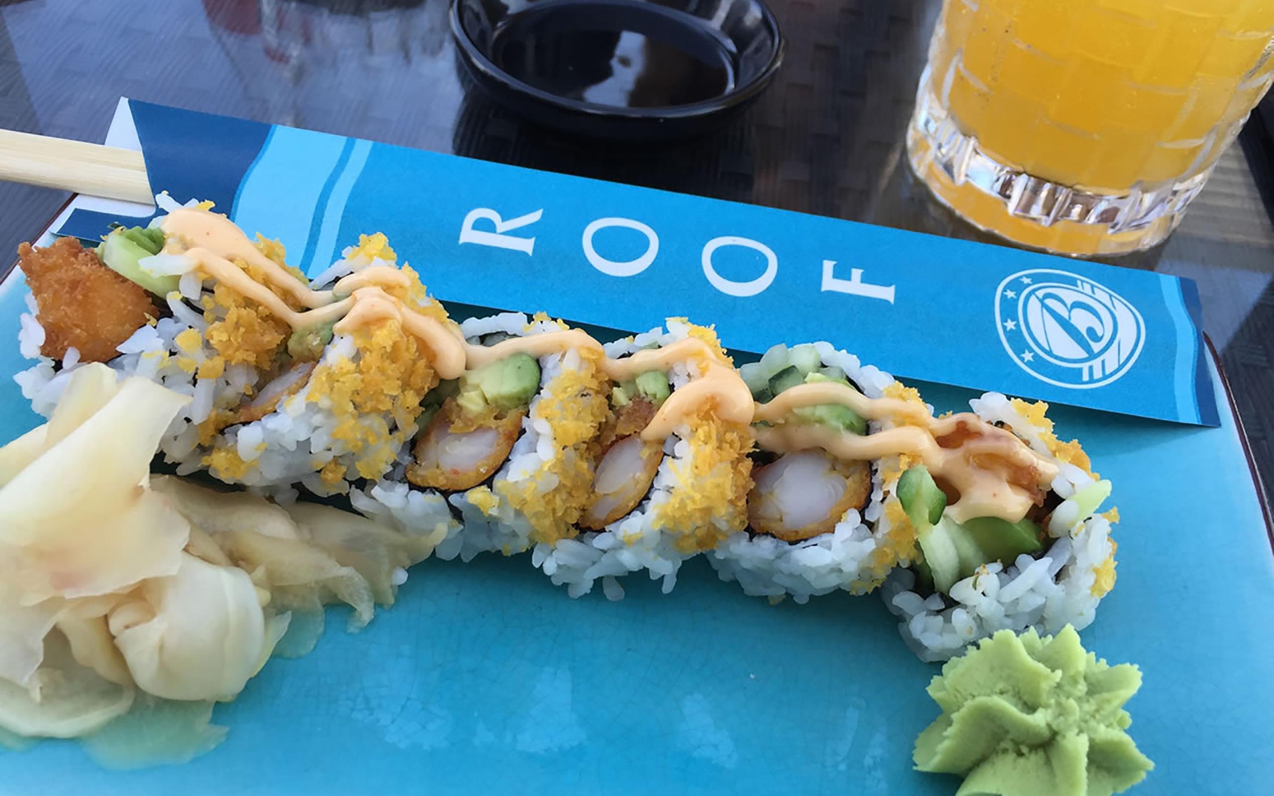 Sushi in der ROOF Bar