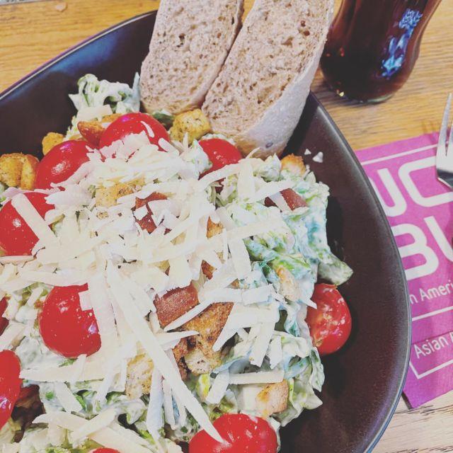 Ceasar Salad. 🥗🙌🏼😌 #EndlichWiederWoBu #WoBu #Bielefeld #Liebefeld #Salat