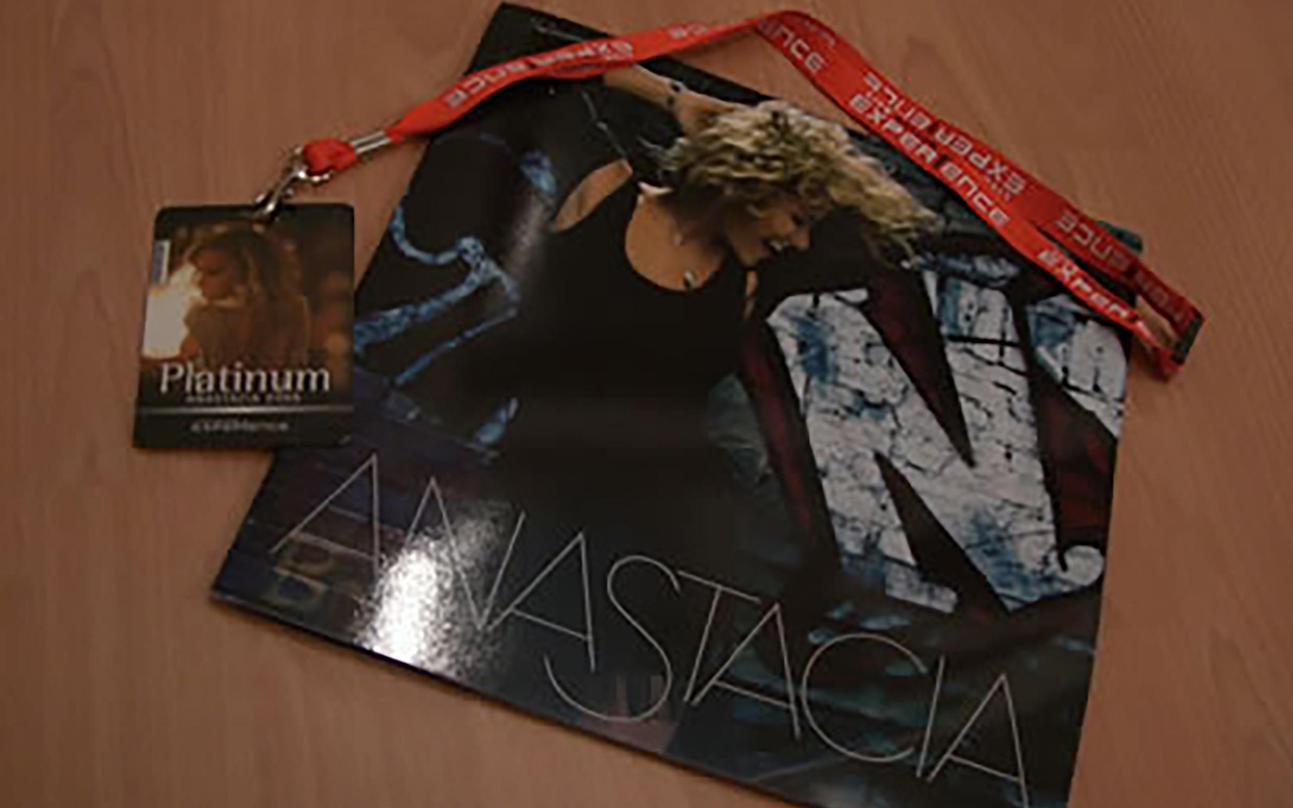 """Tourbook und Platinum VIP Card der """"Heavy Rotation"""" - Tour 2009"""